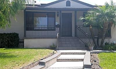 Building, 3957 Casita Way, 2