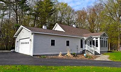Building, 5 Putnam Ln, 1
