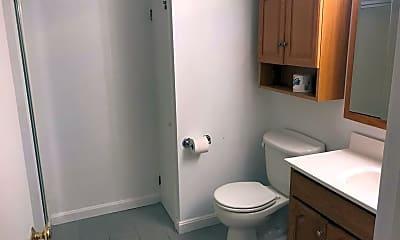 Bathroom, 162 East Side Pkwy, 1