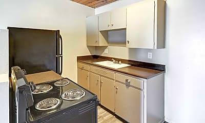 Kitchen, Midtown on 2nd, 2