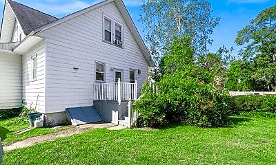 Building, 14 Brenwal Ave, 2