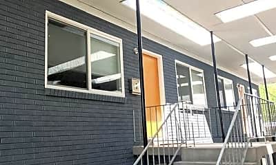Patio / Deck, 175 E Helm Ave, 1