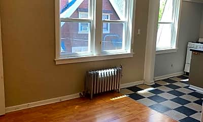 Living Room, 1503 E Kane Pl, 1