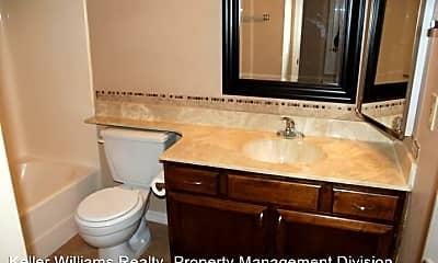 Bathroom, 623 W Guadalupe Rd, 2