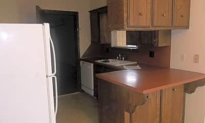 Kitchen, 421 Britton Ct, 1