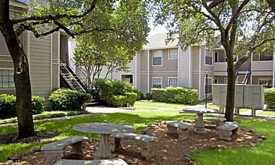 Fox Haven Apartments, 2