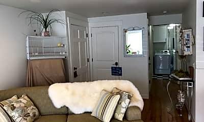 Bedroom, 403 SE 4th St, 1