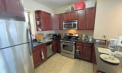 Kitchen, 75 Hancock St, 2
