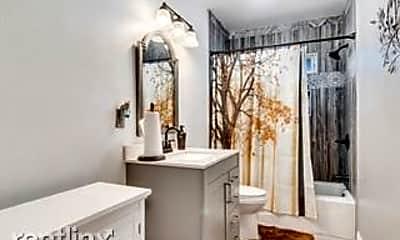 Bathroom, 7155 Citrus Ave, 2