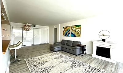 Living Room, 2101 Atlantic Shores Blvd 320, 1