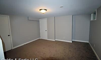 Bedroom, 1562 Waltham Rd, 2