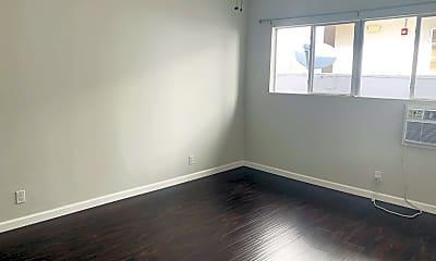 Bedroom, 142 N Clark Dr 8, 2