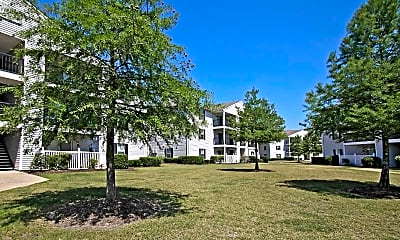 Courtyard, Cypress Pointe Apartments, 2