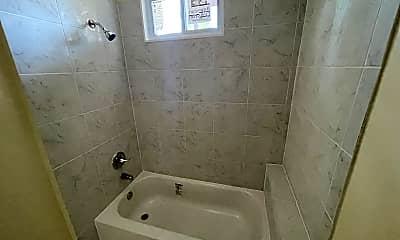 Bathroom, 4405 Liberty Heights Ave, 1