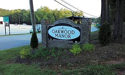 Oakwood Manor Apartments, 1