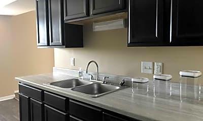 Kitchen, Willow Creek Apartments, 1
