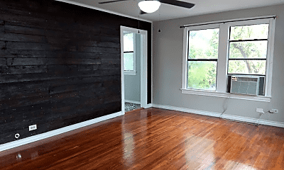 Living Room, 934 Aransas Ave, 1
