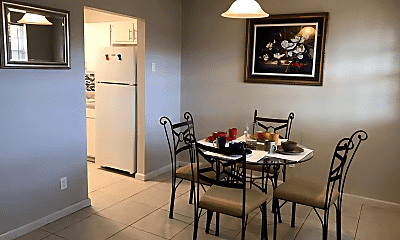 Dining Room, 464 Brentwood Dr, 1