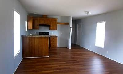 Living Room, 7090 Greenbrier Village Dr 36, 2