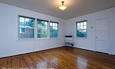 5665 NE Sandycrest Terrace, #1, 1