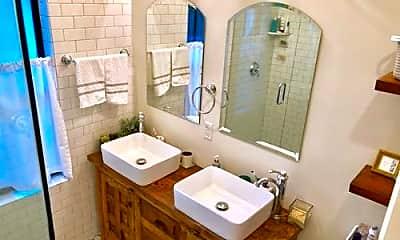 Bathroom, 3505 Poinsettia Ave, 1