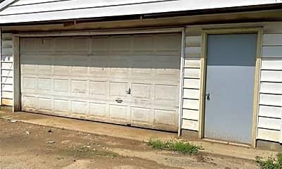 Building, 1230 S Denny St, 2