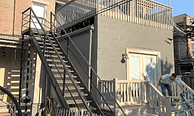 Building, 798 Neil Ave, 2