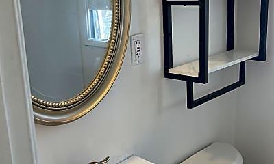 Bathroom, 2473 Silver Lake Blvd, 1