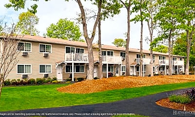 Building, Tall Oaks Country Club Apartments, 0
