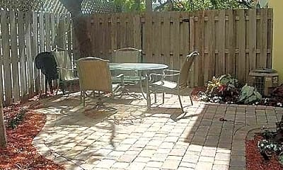 Patio / Deck, 835 NE 19th Ave, 2