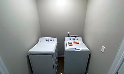Bathroom, 17440 W Eleven Mile Rd, 2