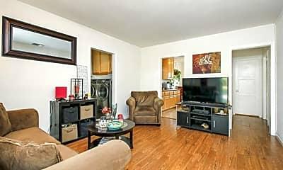 Living Room, 1557 N Edison Blvd, 1