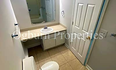 Bathroom, 245 Corona St SW, 2