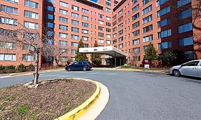 Building, 1121 Arlington Blvd 903, 0