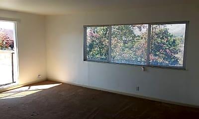 Living Room, 301 Willard Ave, 0