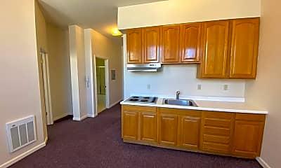 Kitchen, 1012 Grant Ave, 1