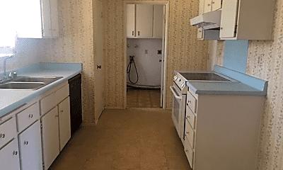 Kitchen, 26267 Lancaster Dr, 1