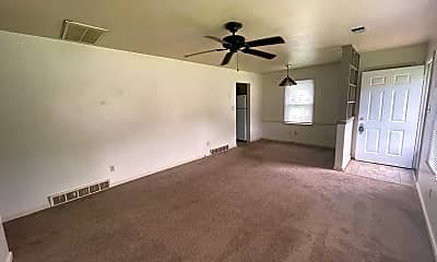 Living Room, 1820 Gettysburg Rd, 1