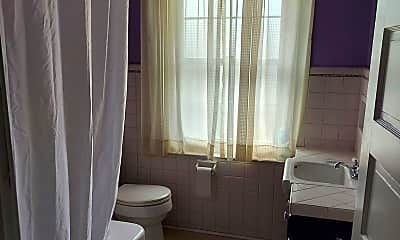 Bathroom, 408 Oak Terrace, 2