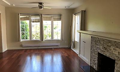 Living Room, 4866 Park Blvd, 1