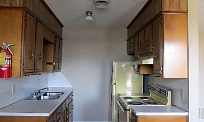 Kitchen, 4721 S 10th St, 1
