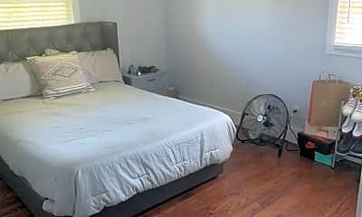 Bedroom, 162 W Palmer Ave, 1