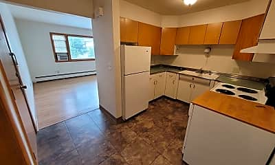 Kitchen, 1211 11 1/2 St N, 1