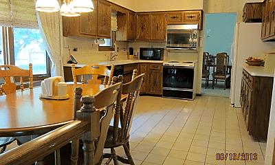 Kitchen, 3314 Knollwood Ln, 1