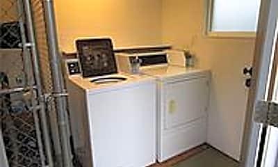 Kitchen, 310 N 72nd St, 2