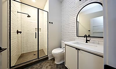 Bathroom, 3061 W Logan Blvd, 2