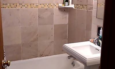 Bathroom, 2953 N. Oakland Ave., 0