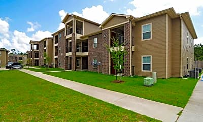 Building, Willow Bend Apartments, 0