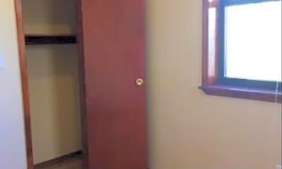 Kitchen, 662 E 5th St, 2