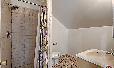 Bathroom, 15244 La Maida St A, 1